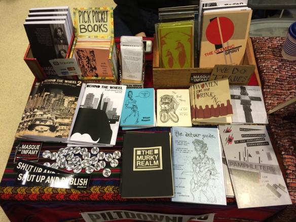 EBABZ-zine-fest-2014-piltdownlad-table
